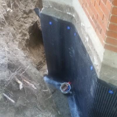 Drainage board installation